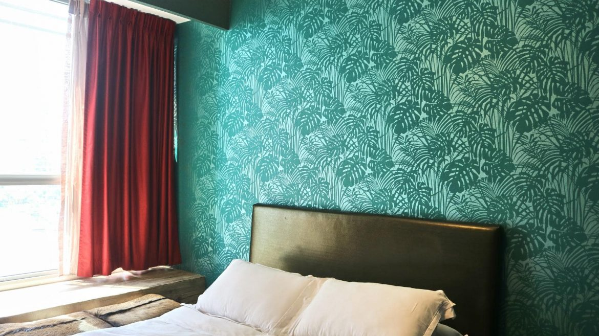 What to consider prior to purchasing a wallpaper?